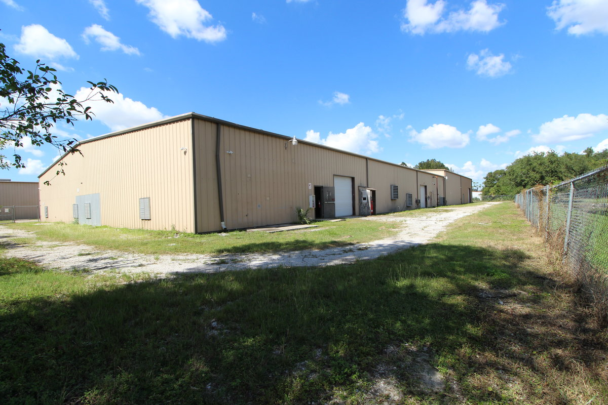 27,850 SF INDUSTRIAL FACILITY with FENCED STORAGE and 3 PHASE