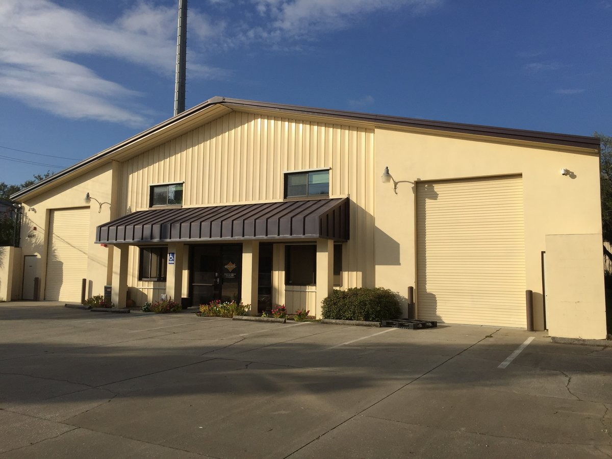 6,686 SF Industrial Building with Air-Conditioned Warehouse