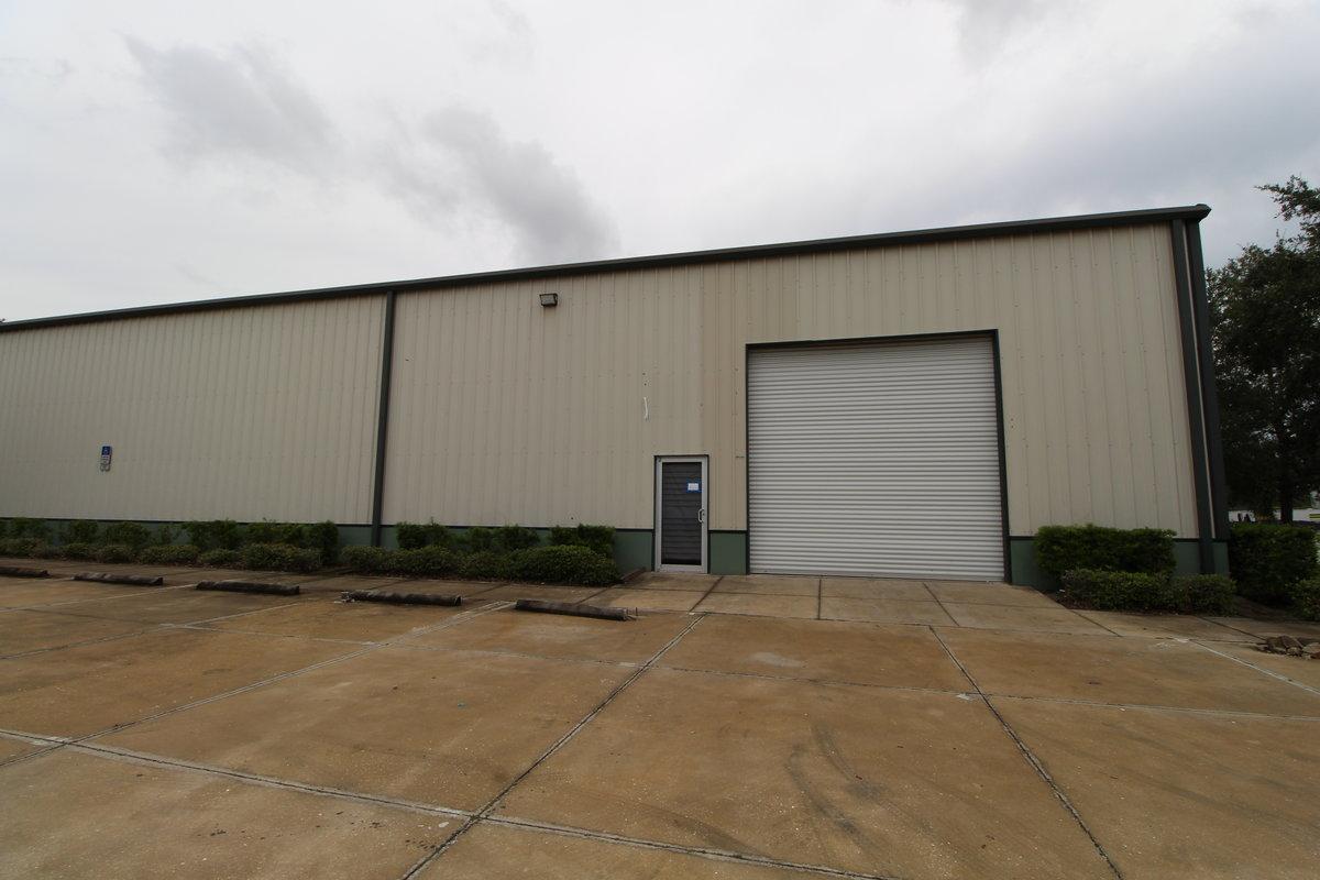 4,875 SF Industrial Warehouse 2005 58th Ave Circle East, Unit: A, Bradenton, FL 34203