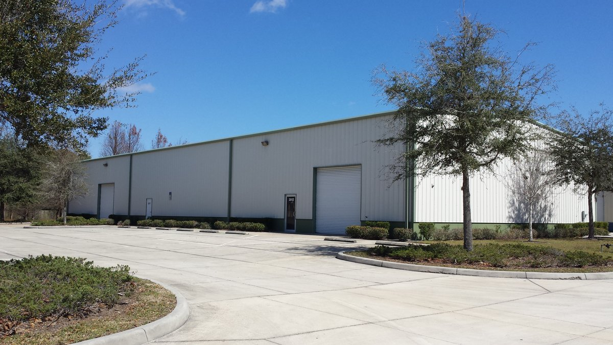 4,875 SF Office/Warehouse with 3 Phase Power 2017 58th Ave Circle East, Unit: A, Bradenton, FL 34203