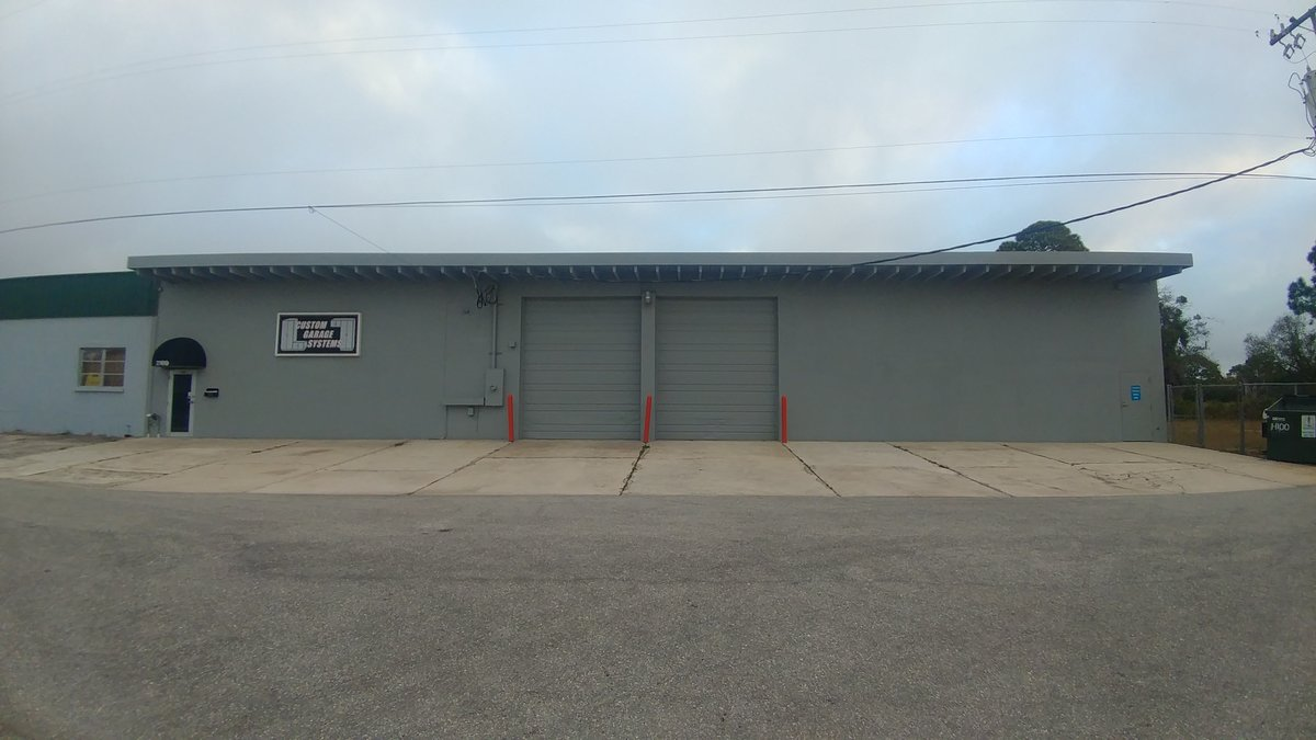 Two Unit 10 000 Sf Industrial Facility With Fenced
