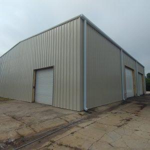 Make Offer! HM Zoning! 5,364 SF Office/Warehouse on 2.38 AC 4004 15th St E, Bradenton, FL 34208