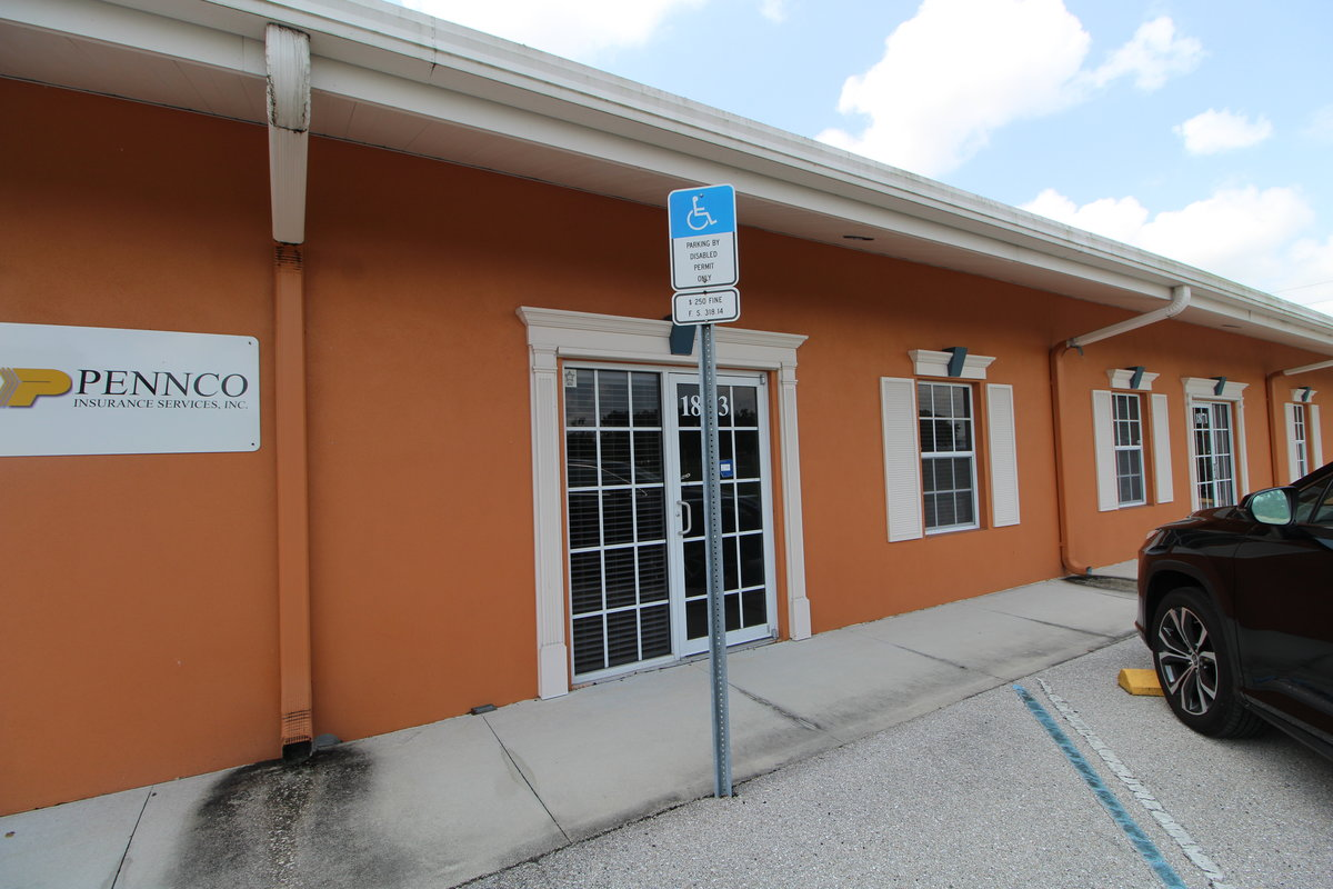 1,896 SF Fully A/C Office/Warehouse Unit Located in the I-75 Corridor at 1873 PORTER LAKE DR, Sarasota, FL 34240