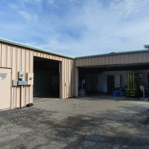 2,500+/-SF Warehouse with 3 Phase; Possible Loading Dock Access